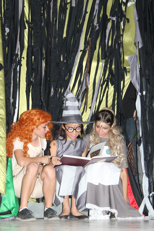 Hexen mit Buch