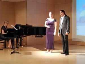 Jean-Michel Ringadoo und Katrin Caine in Steyr